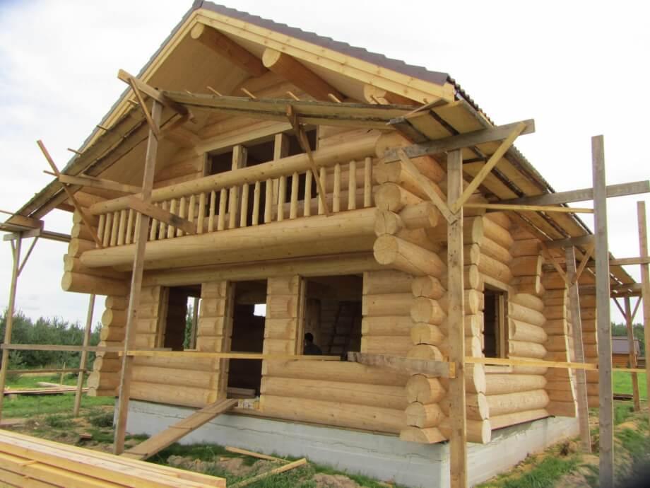 Строительство дома из кругляка